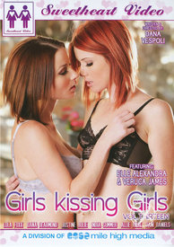 Girls Kissing Girls 13
